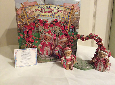 Cherished Teddies King & Queen of Hearts Collectors Set - used