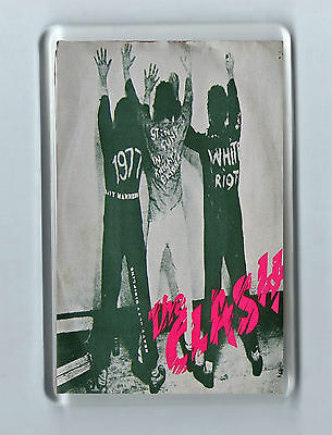 Magnet: THE CLASH White Riot Punk Alt