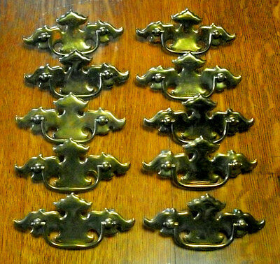 ((# 125 )) (( Set Of 10 )) Vintage Dresser Drawer Pulls,))