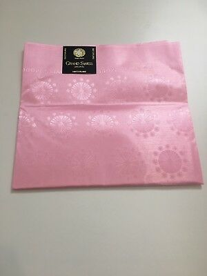 AFRICAN HEADTIE SEGO GELE Grand Swiss(pink with Circle Pattern ) Sold Per Piece