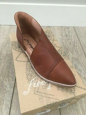 Free People Royale Flat in Whiskey Brand new in Box *ALL SIZES*