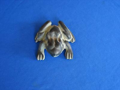 Virginia Metalcrafters Cast Iron Frog Paperweight Vmc 18-20