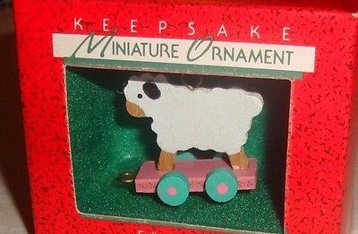 "1988 Hallmark Keepsake ""folk Art Lamb"" Miniature Handcrafted Ornament Nib"
