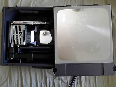 3M 2000 AG PORTABLE OVERHEAD PROJECTOR FOLDABLE BLACK BRIEFCASE- Local pick up!