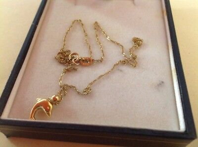 gold chain  with gold charm