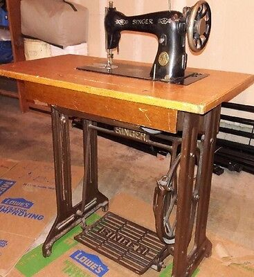 BEAUTIFUL ANTIQUE SINGER Manual Foot Pedal Sewing Machine 4040 Interesting Singer Pedal Sewing Machine