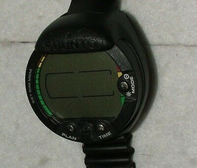 Suunto Vyper divers watch (computer) with strap. Made in Finland (needs battery)