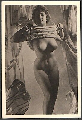 "1940's - 150's original vintage B/W 2 1/4""  x 3 3/8"" photo of nude busty female"