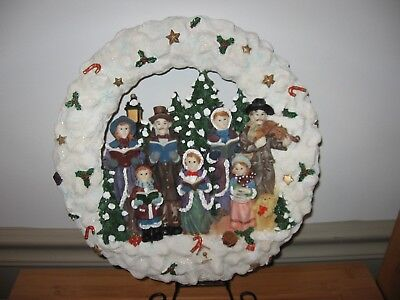 Vintage ceramic CHRISTMAS CAROLERS wreath holly berries candy canes music violin