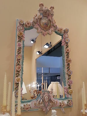 China Capodimonte: Mirror Royal