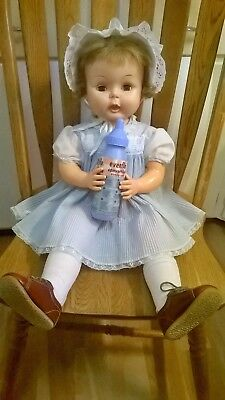 """Vintage Horsman baby doll drink wet thirsty doll Evenflo baby bottle 26"""""""