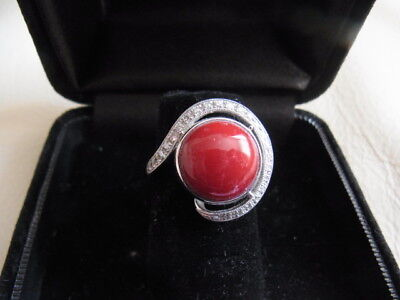 A Vey Nice Red Coral Ring With Diamonds  PT900
