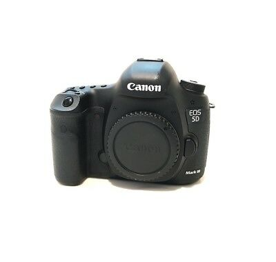 Canon EOS 5D Mark III *EXCELLENT* *LOW SHUTTER*