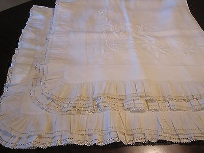Antique Pair Fine Ivory Linen Embroidered Victorian Edwardian Pillow Covers Euc