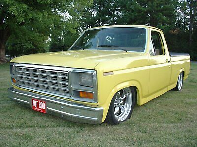 1986 Ford F-100  1986 ford 100 shop truck,rat rod,shortbed,bagged,pro touring