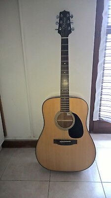 chitarra acustica TAKAMINE  Body: Dreadnought