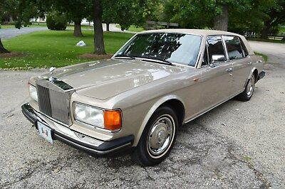 1987 Rolls-Royce Silver Spirit/Spur/Dawn Long Wheel Base saloon America's #1 classic RR supplier - very original hard to find late 80s series SZ