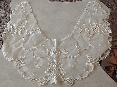Vintage Victorian Wide Delicate Net LACE Collar Costume