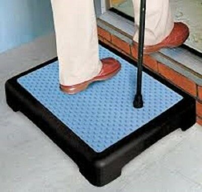 Half Step Mobility Riser for Extra Large -Slip Resistant Sturdy Indoor & Outdoor