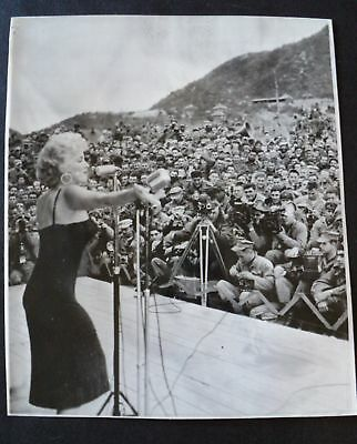 Marilyn Monroe Original Photo 1954 Korea press photo vintage pinup calendar girl