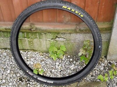Maxxis High Roller Mountain Bike Tyre - 26''x2.35'' UST Compatible