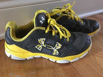 Under Armour Youth Boys Size 3 Yellow Gray Athletic Running Shoes