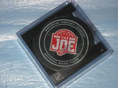2017 DETROIT RED WINGS FAREWELL SEASON to the JOE 1979 - 2017 OFFICIAL GAME PUCK