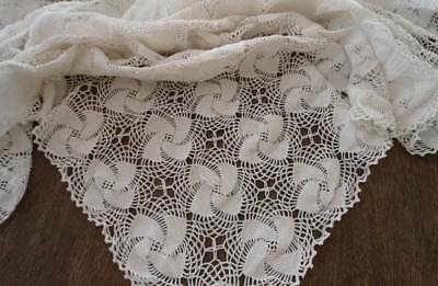 Vintage Ivory Crochet Lace Tablecloth Pineapple Pinwheel Picot Edge 68""