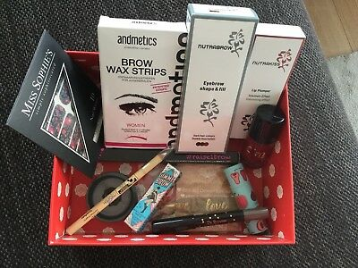 Glossybox 13-teilig benefit nutrabrow