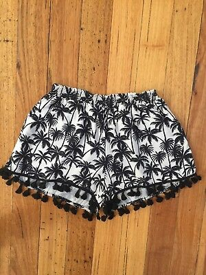Excellent As New Condition Seed Teen Palm Tree Shorts Size 16 Black & Cream