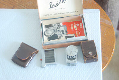 Leica Meter in its case
