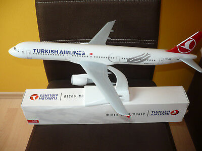 Turkish Airlines Airbus A321-200 Scale:1:100 THY/TK ca.45cm
