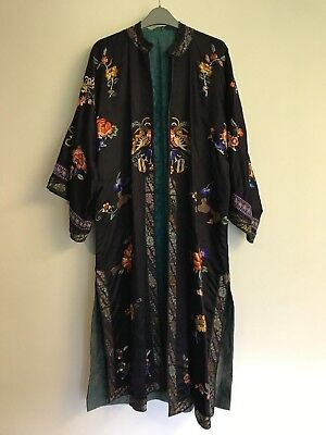 Beautiful Black Silky kimono style dressing gown house coat Oriental embroidered
