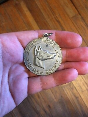 doberman pinscher Club Of The Pacific Northwest Medal Medallion Pendant Dog Show