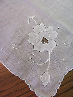 Vintage Madeira Embroidered Applique White Floral Bride's Hankie Desco NWT