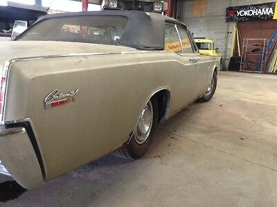 1967 Lincoln Continental V8 Convertible Classic Collector 1967 Lincoln suicide door Convertible 58000 mile barn find survivor PROJECT CAR