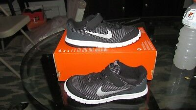 New Nike Flex Experience 4 boys running sneakers size 3Y color black