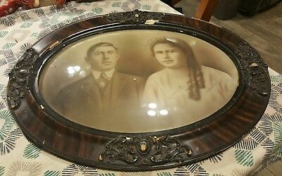 Stunning Large Antique Oval Picture Frame Domed Glass & Photo Must See Old!!