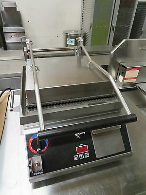 Star CG14IT Pro Max Panini Grill - Stainless Steel - Digital - Grooved(PGT14IT)
