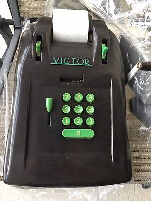 1930s ART DECO MACHINE AGE BAKELITE VICTOR ADDING MACHINE MODERNIST STREAMLINED