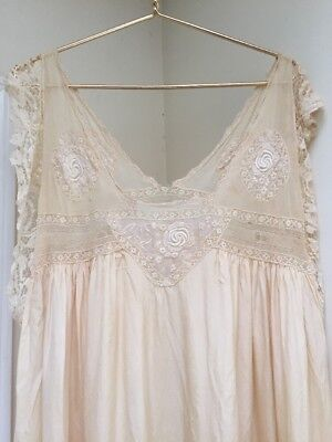 Beautiful 1920s Negligee Nightgown Roaring 20s With Butterfly Sleeves
