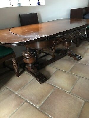 Stunning Hand Carved Draw Leaf Solid Wood Oak Table