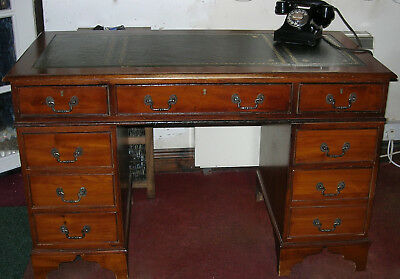 Attractive Reproduction 4ft Pedestal Desk