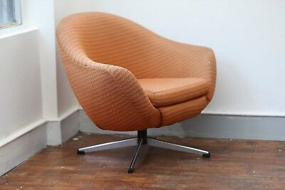 Original Vintage 1970s Orange Swivel Tub Chair