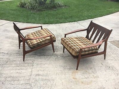 """Amazing Mid Century Modern Walnut Lounge Chairs by Milo Baughman """"Archie Chairs"""""""