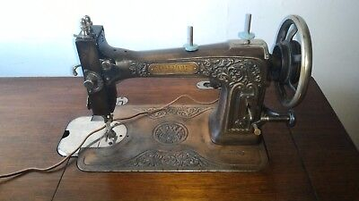 WHITE Bronze 1926 Sewing machine