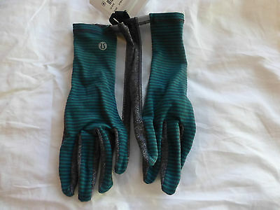 Lululemon Run With Me Gloves MNLQ/HBLK Size M/L New With Tags