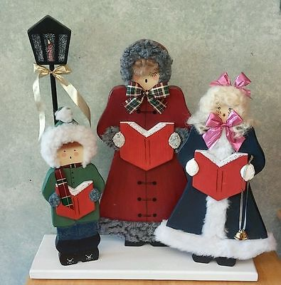 Carolers Table Decor Wooden Handcrafted Lamppost 15""