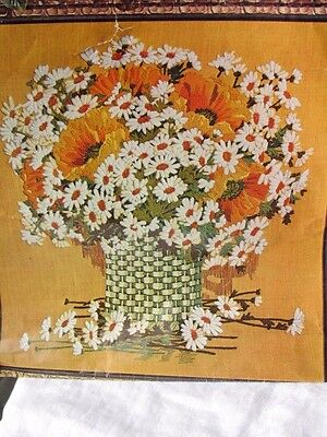 "Paragon ""Giant Bouquet"" Crewel Embroidery Daisies Sunflowers  26x28   LINEN ONLY"
