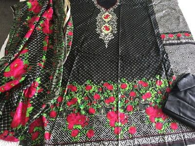 Pakistani designer Sundas Linen COLLECTION UN-STITCHED SHALWAR KAMEEZ SUIT